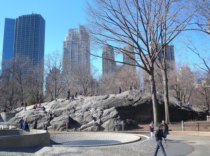 Climbing Umpire Rock is a great NYC date idea for couples in Central Park
